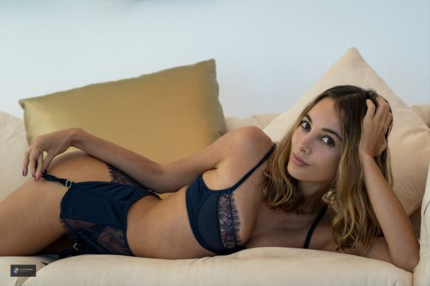tatiana lingerie photo by photographer acros photography