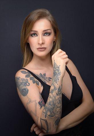tattoos alternative model photo by photographer fotograafedmond
