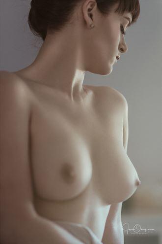 taylor artistic nude photo by photographer jon ovington