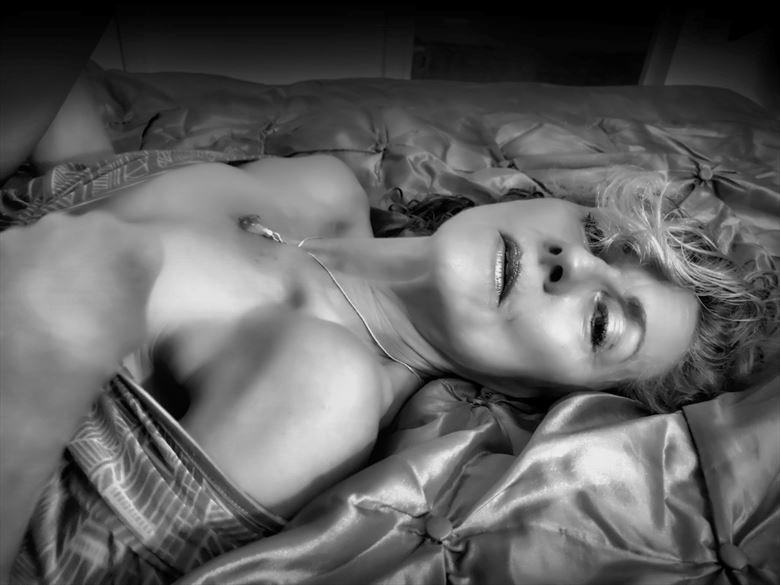 tell me sensual photo by model annie gh