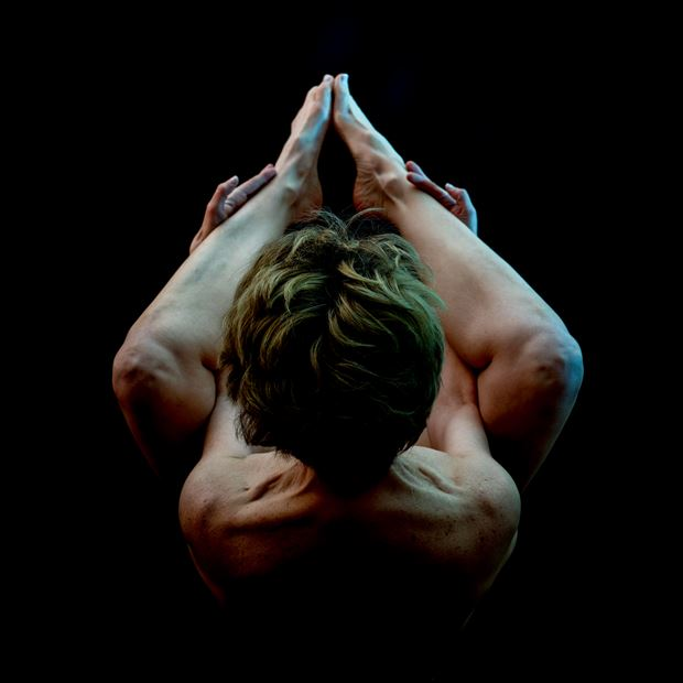 tension artistic nude photo by photographer michael virts