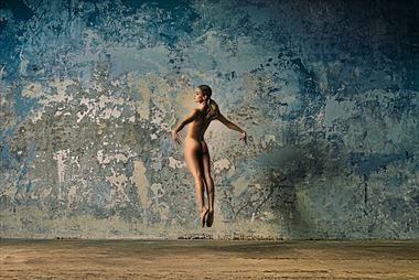 terez artistic nude photo by photographer ray fritz