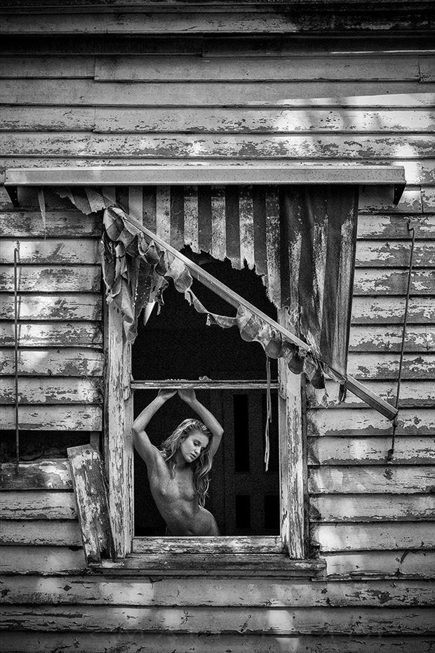 terez artistic nude photo by photographer rik williams