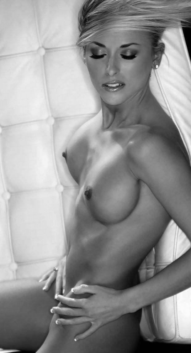 that feeling artistic nude artwork by model leggykelly