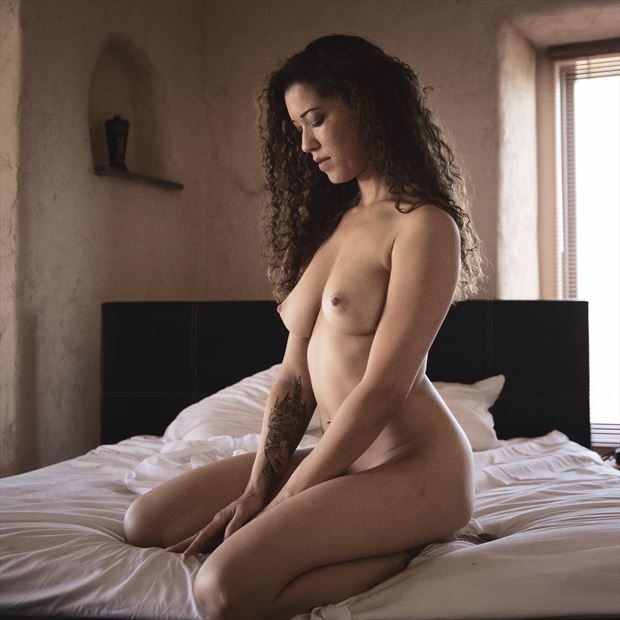 that moment artistic nude photo by photographer crystallynn