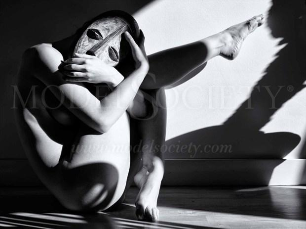 the Mask Artistic Nude Photo by Photographer BenErnst