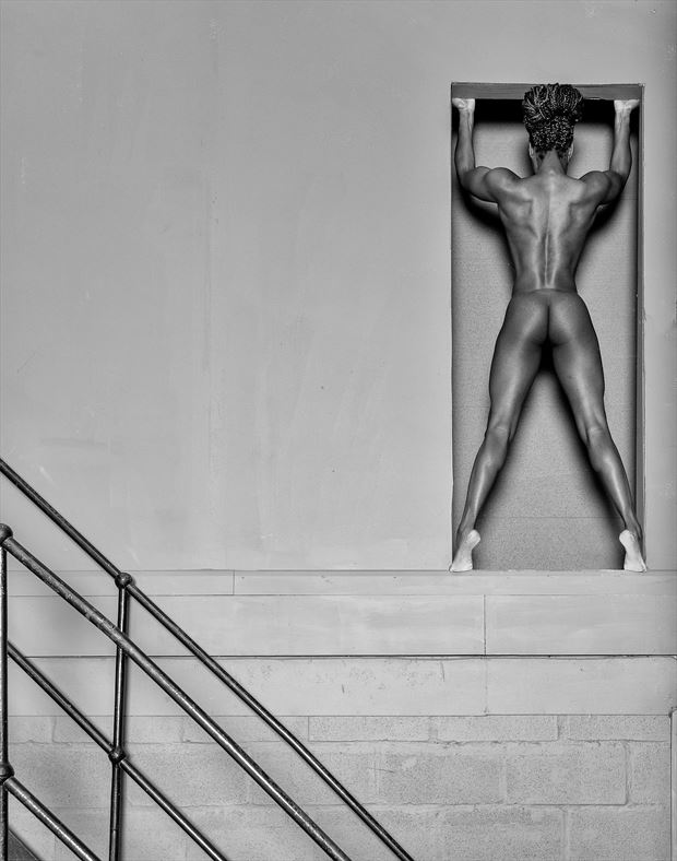 the alcove artistic nude photo by photographer richard maxim