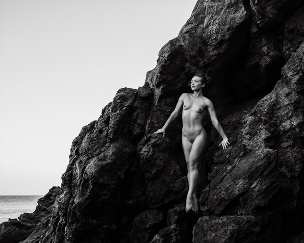 the bluff 2 artistic nude photo by photographer maiasphoto
