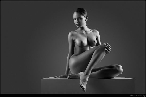 the box artistic nude photo by photographer thomas doering