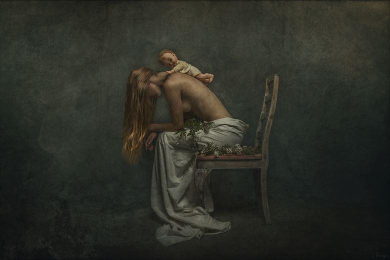the burden artistic nude photo by photographer luj%C3%A9an burger