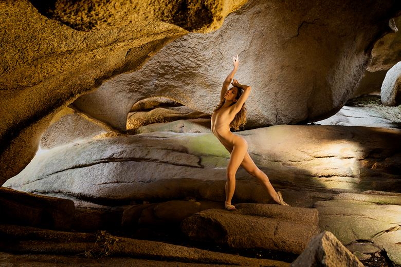 the cave artistic nude photo by photographer benernst