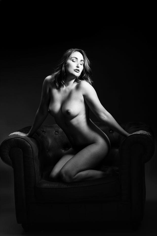 the chair iii rachelle artistic nude photo by photographer joseph eldridge