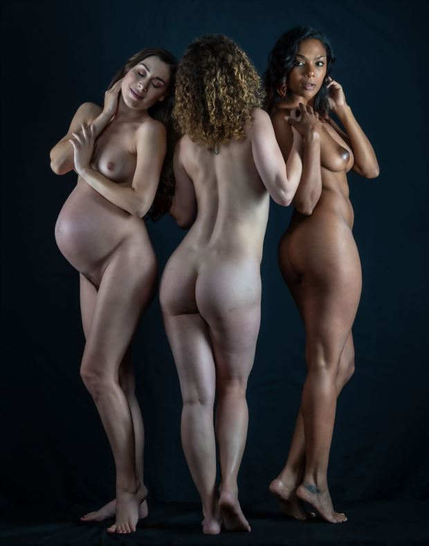 the divine graces artistic nude photo by photographer gpstack