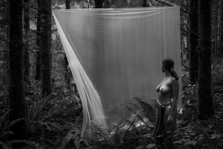 the facade of separation artistic nude photo by photographer joelbelmont