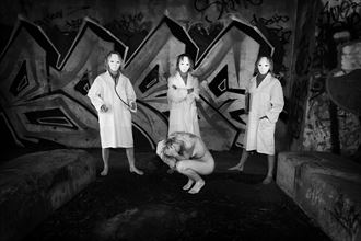 the faceless machine artistic nude photo by photographer unmasked