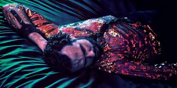 the glowing dreams erotic photo by model cosmopolitano
