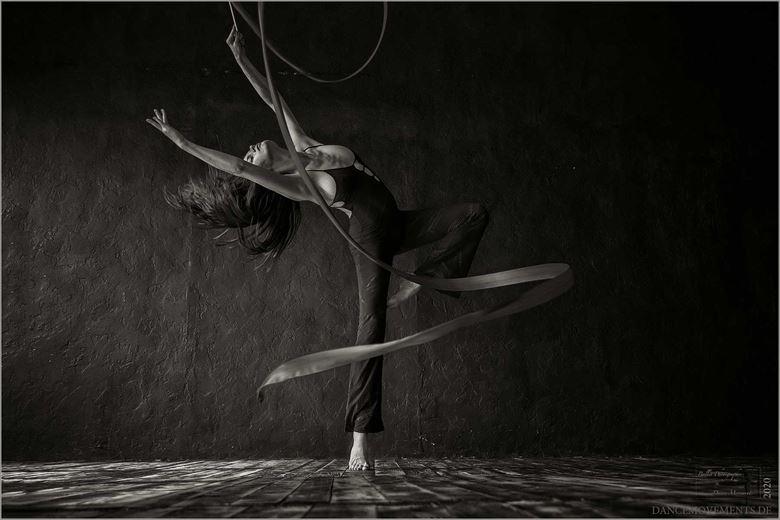 the gymnast erotic artwork by photographer dance movements by klaus wegele