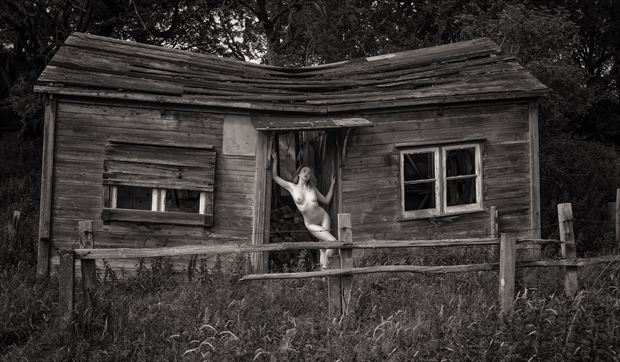 the love shack artistic nude photo by photographer neilh