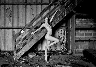 the old deserted barn Artistic Nude Photo by Photographer nigel kent