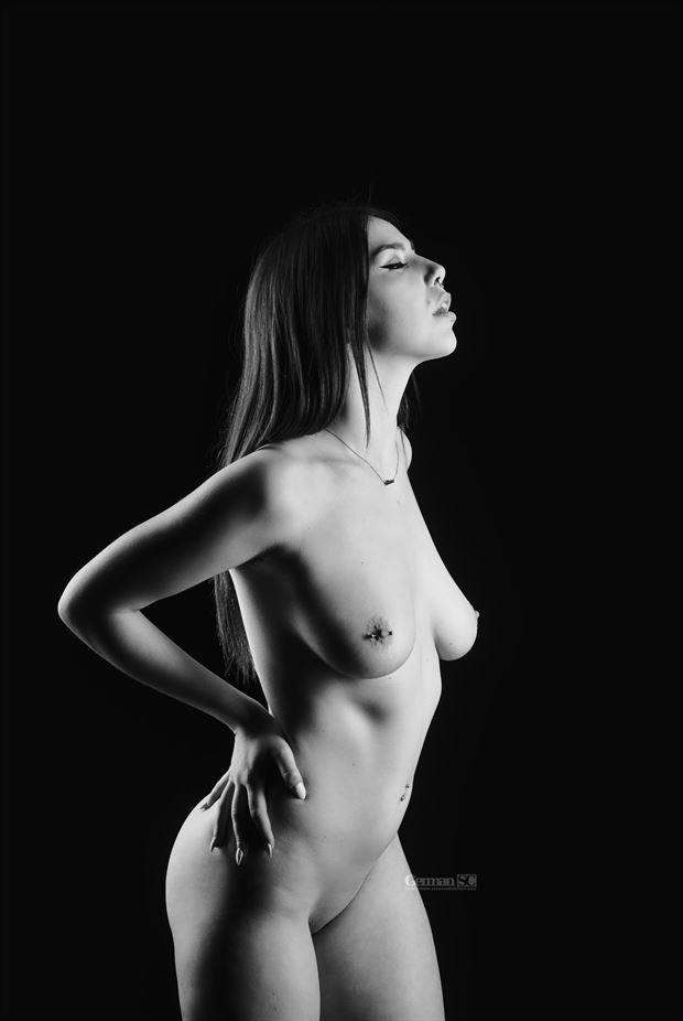 the piercing artistic nude photo by photographer germansc