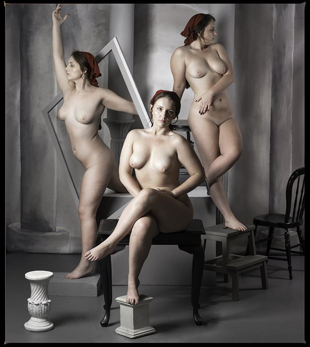 the portrait artistic nude photo by photographer thomas sauerwein