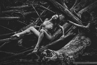 the power of woman artistic nude photo by model reece de la tierra