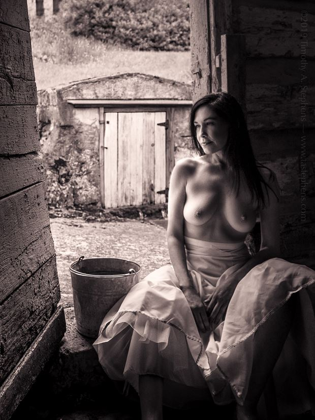 the remembrance artistic nude photo by model vox model