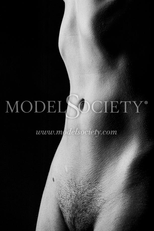 the rise artistic nude photo by photographer surzayon