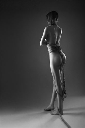 the rope artistic nude photo by photographer gabi gogiu