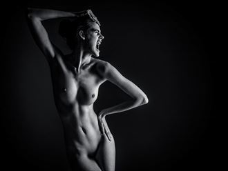 the scream artistic nude photo by photographer robhillphoto