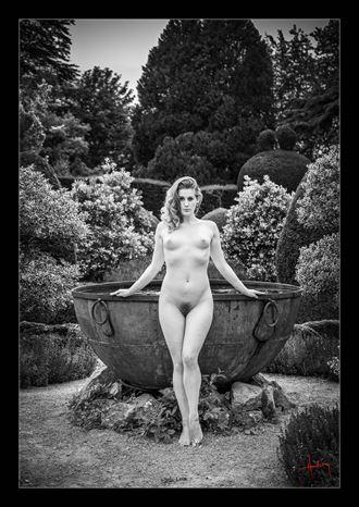 the secret garden iii artistic nude photo by photographer doug harding