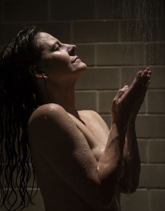 the shower erotic photo by photographer vwatkins