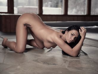 the slope artistic nude photo by photographer patriks