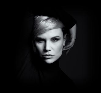 the stare studio lighting photo by photographer tris dawson