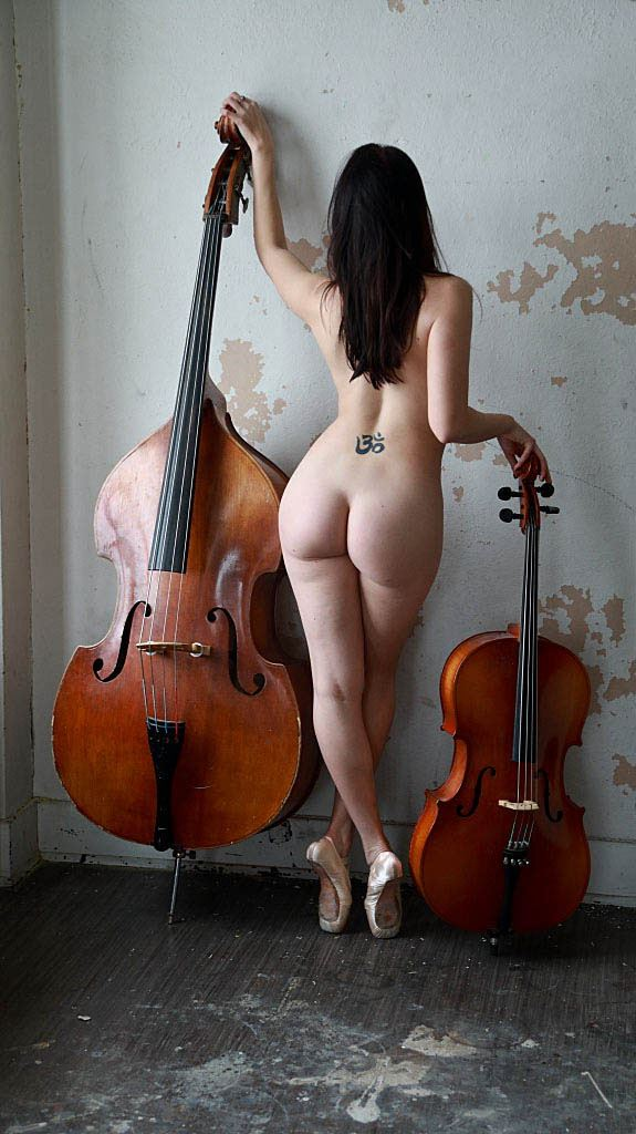 the strings figure study photo by photographer werner lobert