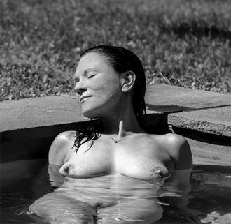 the sun the body the water artistic nude photo by photographer dcp