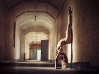the upside down artistic nude photo by model selkie