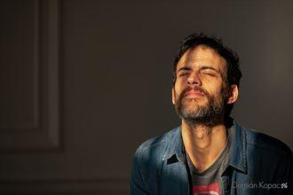 the warmth portrait photo by photographer damian kopac