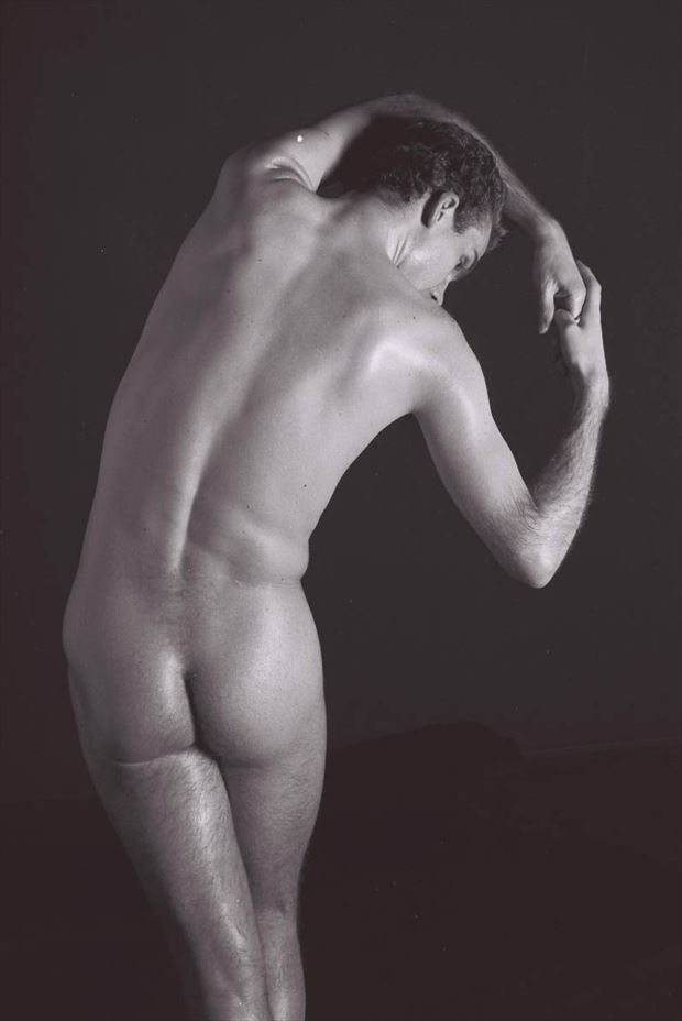 thomas leans sideways standing 2000 artistic nude photo by model thomas lundy
