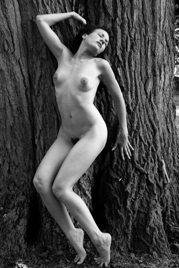 tia emotes artistic nude photo by photographer robert l person