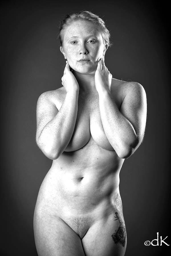 tigger natural beauty artistic nude photo by photographer dennis keim