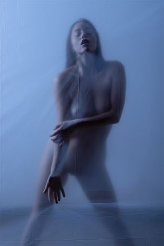 transparence artistic nude photo by photographer claude frenette
