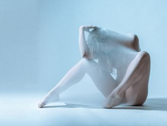 trapped in thought artistic nude photo by photographer robhillphoto
