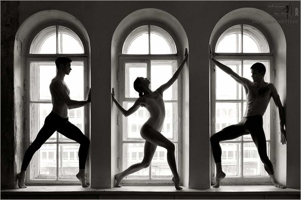 tryptich in one silhouette artwork by photographer dance movements by klaus wegele
