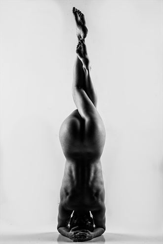 twist artistic nude photo by photographer dream digital photog