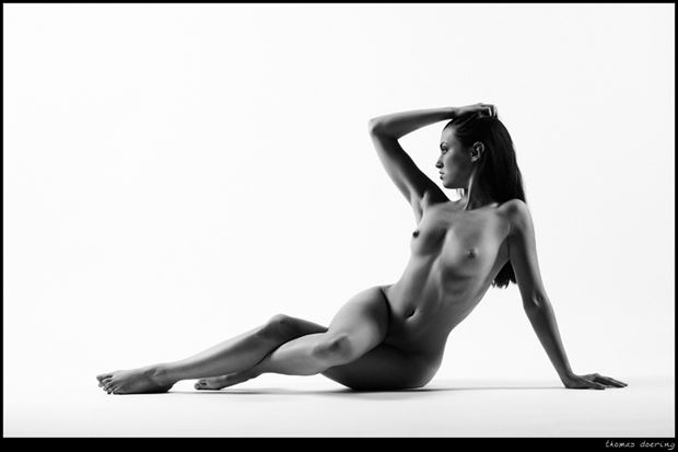 twisted artistic nude photo by photographer thomas doering
