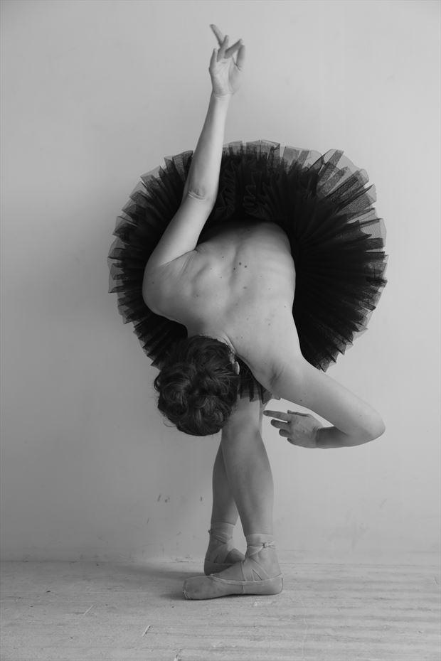 twisted tutu artistic nude photo by model priminaballerina