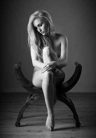 u n Artistic Nude Photo by Photographer gdelargy photography