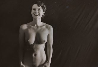 unbelievably the real thing artistic nude photo by photographer emissivity