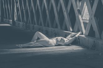 uncovered bridged artistic nude photo by photographer youngblood